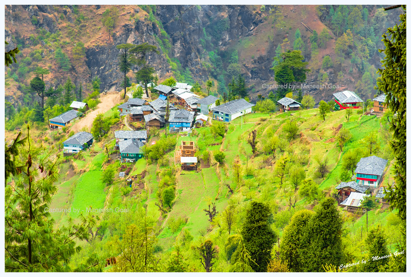 Cluster of traditional Himachali houses seen from Bahu-Gada Gushaini road (near Pedcha)