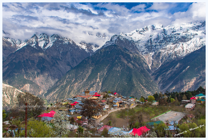 Kalpa in the evening.