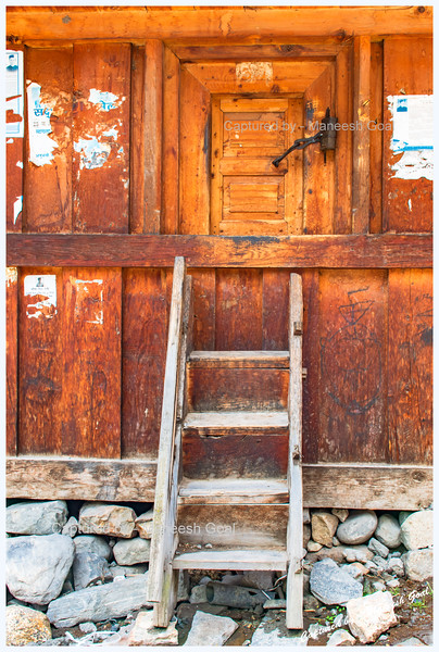 Storage shed, called 'Kathar'. That lock and the small window-like door to enter amazed us. Batseri.
