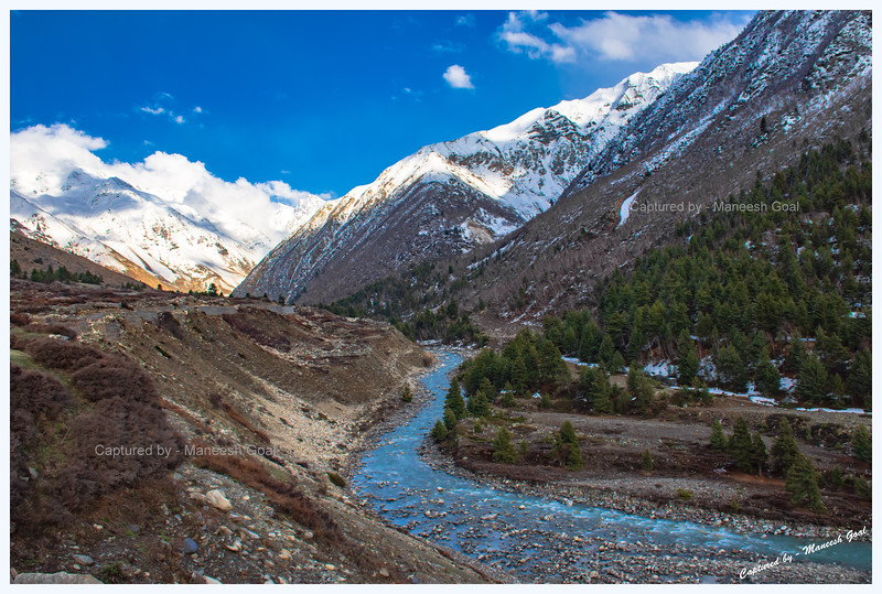 It's close to sunset as we head back towards Chitkul. Baspa River