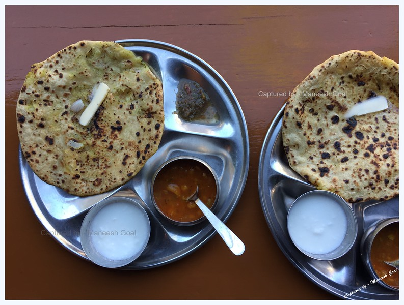 Best Aloo Paratha I've ever had. 'Pappu da dhaba' at Taapri.