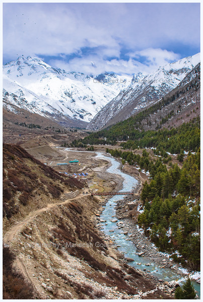 Baspa River, Chitkul. Chitkul (pronounced as: छितकुल) is located close to the Indo-China border and is said to be the last inhabited village in this part of the Himalayas (an ITBP officer we met there confirmed this claim).