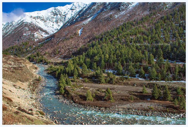 Picturesque. We head out towards the ITBP Camp at Nagasthi - the last point up to which civilians are allowed. Chitkul. Baspa River.