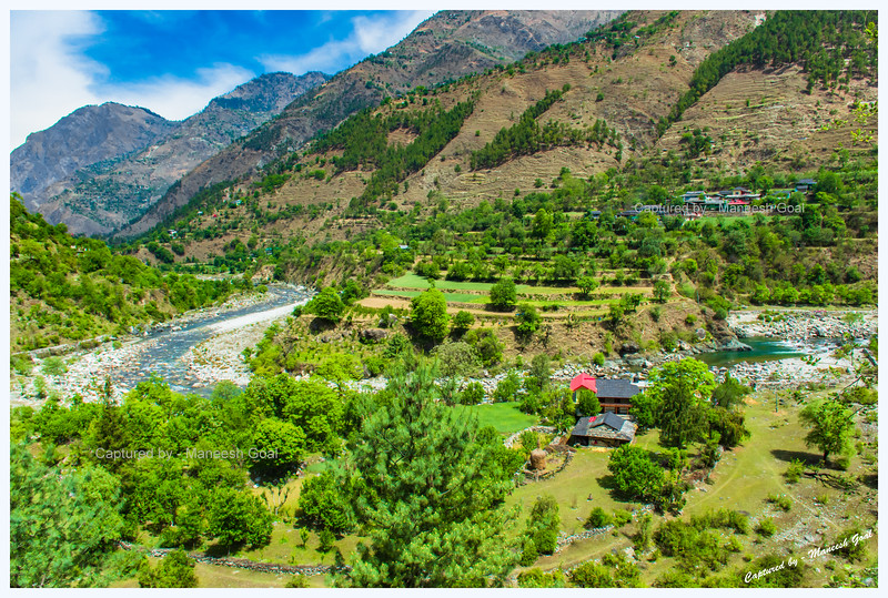 Gorgeous Tirthan Valley (Spot ahead of Banjar, en route Sainj Valley)