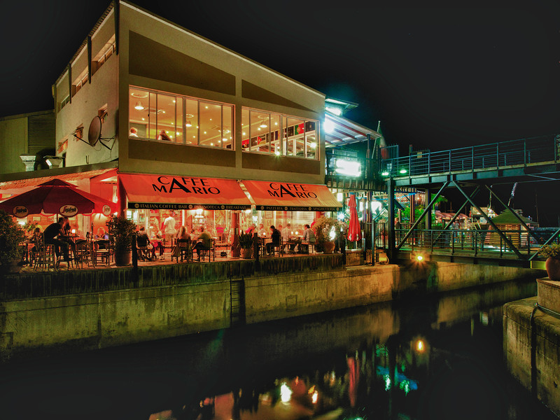 Cafe Mario at Night