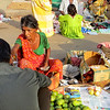Sari Market - 0987 - fruit woman