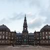 Christiansborg Slot / Schloss Christiansborg (Borgen). Sitz des dänischen Parlaments, des Ministerpräsidenten und des Obersten Gerichts