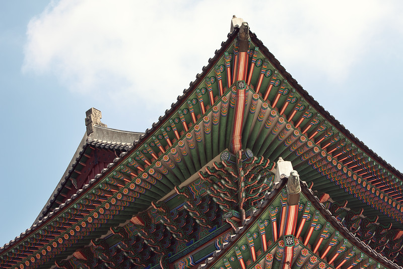 One of the many beautiful roof details at Gyeongbokgung.