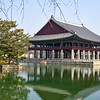 Gyeonghoeru (경홰루), the state banquet hall of Gyeongbok Palace (경복궁).