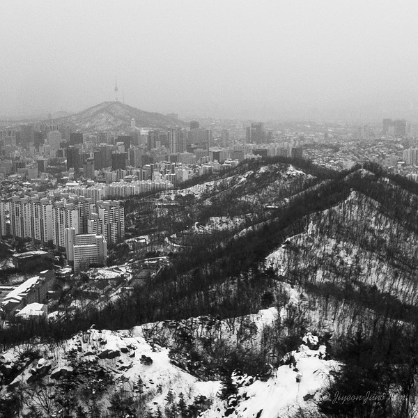 The view of Seoul from Ansan Bongsudae