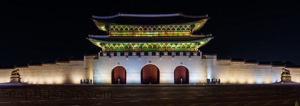 Panorama night time image of the Gwanghwamun Gate