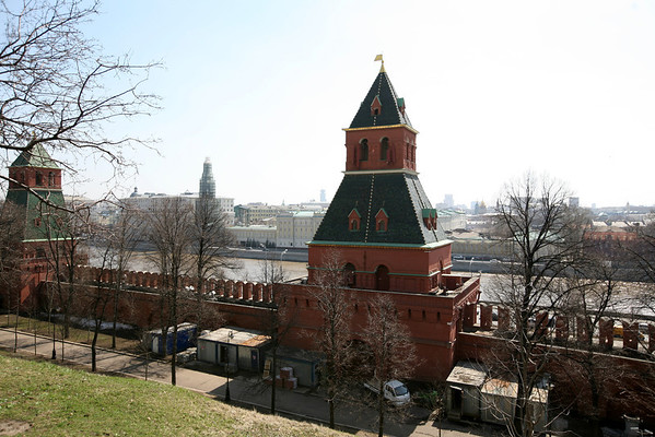 The Secret Tower and the First Nameless Tower overlooking the Moscow River