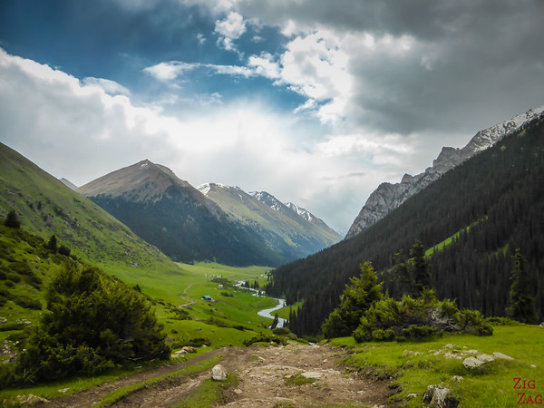 road to Altyn Arashan Kyrgyzstan