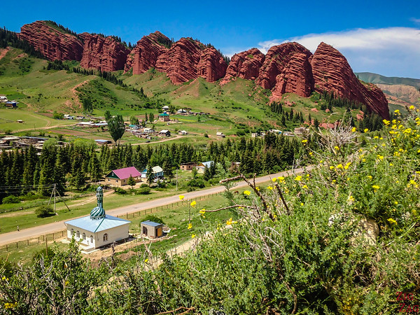 Top 7 places to visit in Kyrgyzstan : Jeti Oguz