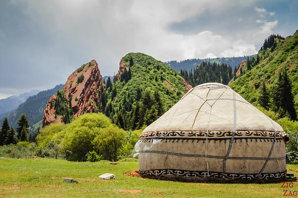 Yurt near Broken Heart, Jeti-Oguz, Kyrgyzstan