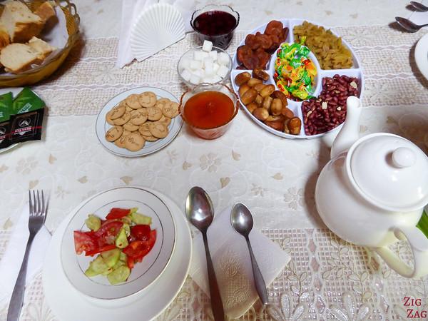 Kyrgyzstan food: main dish 1