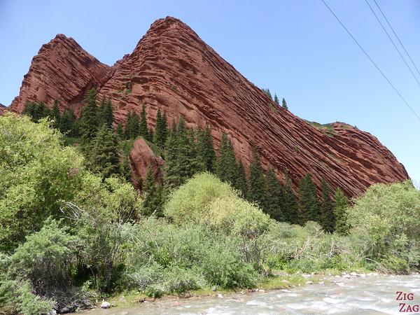 Side view of Jeti-Oguz, Kyrgyzstan