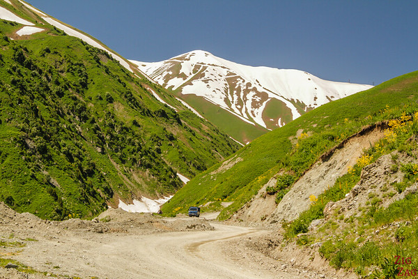 Difficult road Kyrgyzstan 3