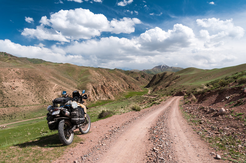 Northern approach to Song Kul