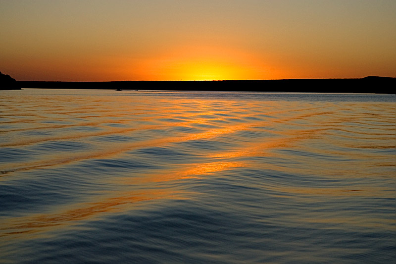 SUNSET COLOR ON THE DEVIL'S RIVER