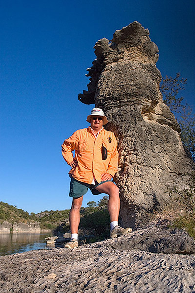 """MIKE AND THE """"HOODOO""""-DEVIL'S RIVER"""