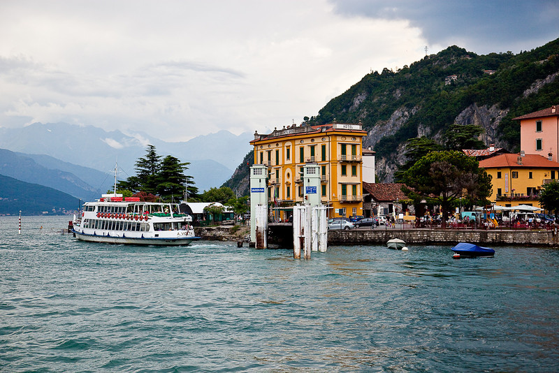 FERRY LANDING AND HOTEL OLIVEDO-VARENNA