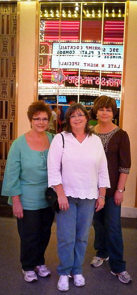 CHERYL, AMANDA AND JONELL ON FREEMONT STREET
