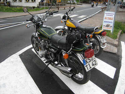 Came down a very steep climb in the Dolomites and saw these 2 really lovely Kawasaki Z1,s the fantasy bike of my distant youth