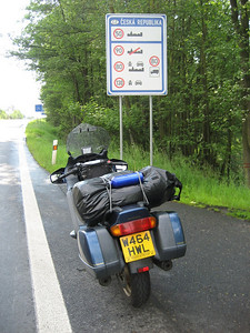 Entering the Czech Republic, i had heavy rain the night before, roads still a bit damp