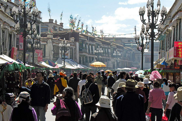 2007 LHASA-TIBET,  a day in the barkhor