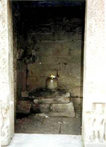 lingam doorway jageswar SHANKAR