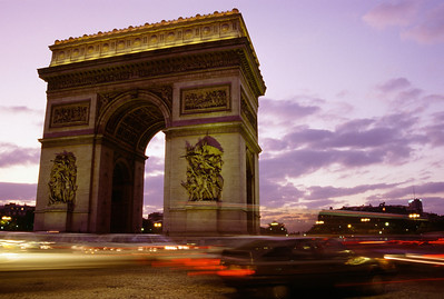 Arch of Triumph at Rush Hour