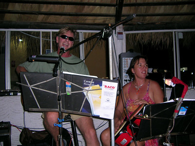 La Paz Open Mic 11-1-05