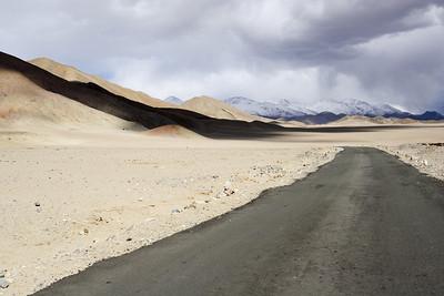 Taken at Latitude/Longitude:33.033548/78.862338. 9.63 km South Rhongo Kashmir India  (Map link)