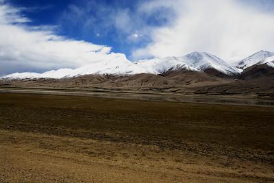 Taken at Latitude/Longitude:33.445148/78.786027. 15.47 km North-West Gandpa Gömpa Kashmir India  (Map link)