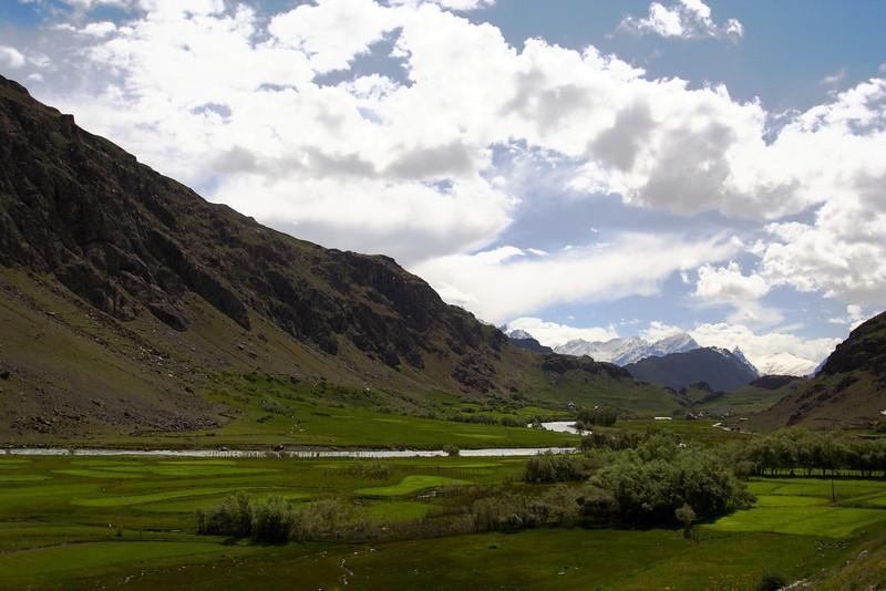 "Taken at Latitude/Longitude:34.429670/75.797468. 1.36 km East Suktiy?l Kashmir India <a href=""http://www.geonames.org/maps/google_34.429670_75.797468.html""> (Map link)</a>"