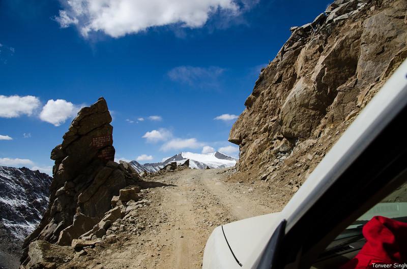 "Taken at Latitude/Longitude:34.274903/77.608677. 12.27 km South-West Khardūng Kashmir India <a href=""http://www.geonames.org/maps/google_34.274903_77.608677.html""> (Map link)</a>"
