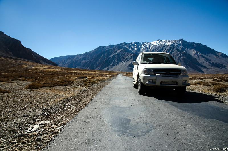 "Taken at Latitude/Longitude:32.947810/77.608003. 4.47 km North-East Sir Bhum Chun Himachal Pradesh India <a href=""http://www.geonames.org/maps/google_32.947810_77.608003.html""> (Map link)</a>"
