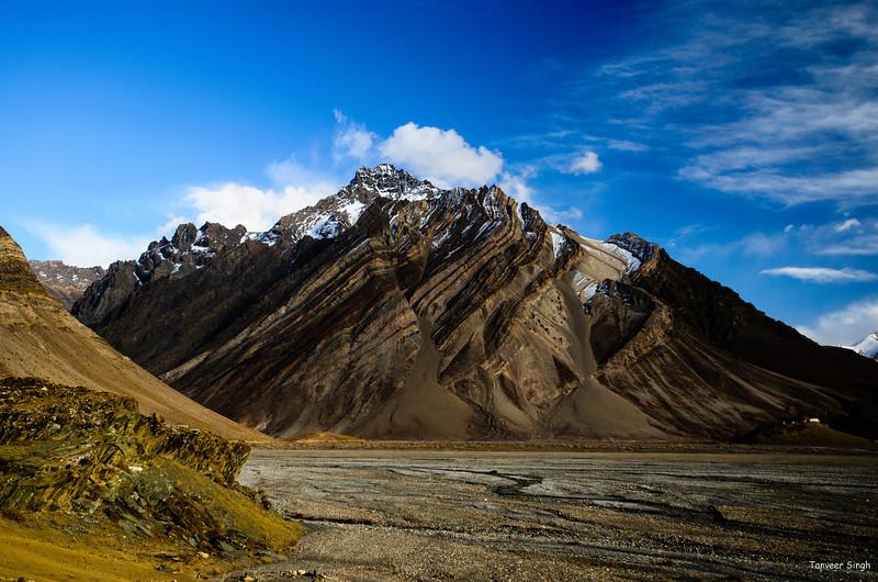 "Taken at Latitude/Longitude:34.049050/76.359208. 1.94 km North-West Ringdom Gmpa Kashmir India <a href=""http://www.geonames.org/maps/google_34.049050_76.359208.html""> (Map link)</a>"