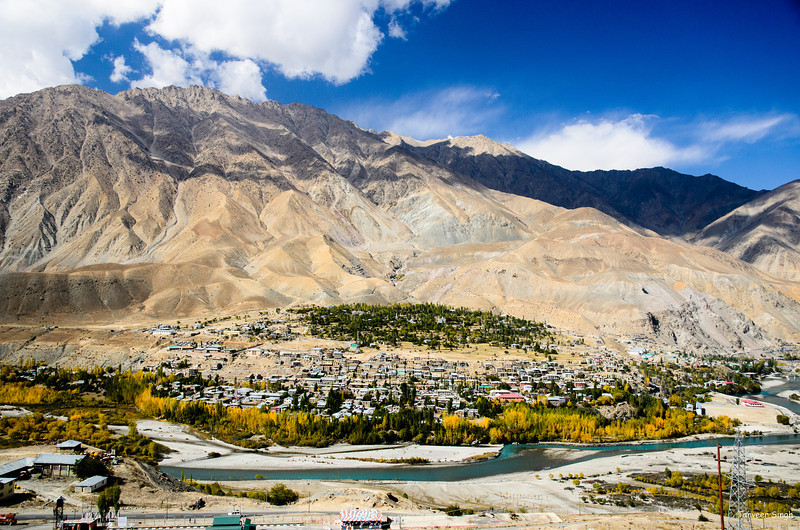 """Taken at Latitude/Longitude:34.543353/76.152557. 0.50 km East Ando Kashmir India <a href=""""http://www.geonames.org/maps/google_34.543353_76.152557.html""""> (Map link)</a>"""