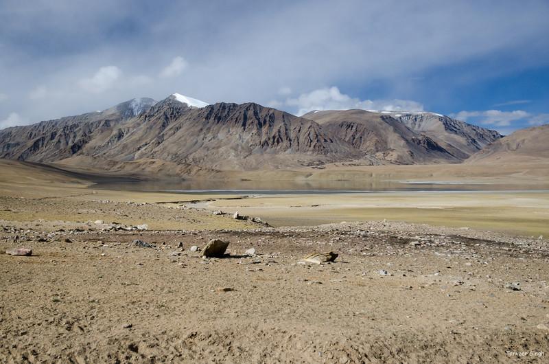 "Taken at Latitude/Longitude:33.123980/78.336268. 12.61 km South Puga Kashmir India <a href=""http://www.geonames.org/maps/google_33.123980_78.336268.html""> (Map link)</a>"