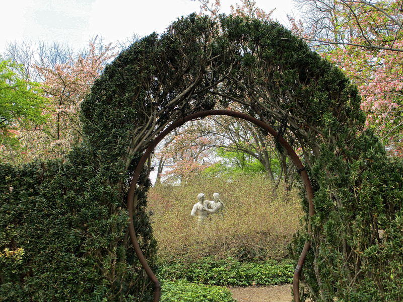 Entrance to Garden of Eden from the Keyhole Garden.