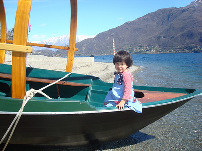 Papa, I deserv a yacht.. ok, I will be happy with a boat..