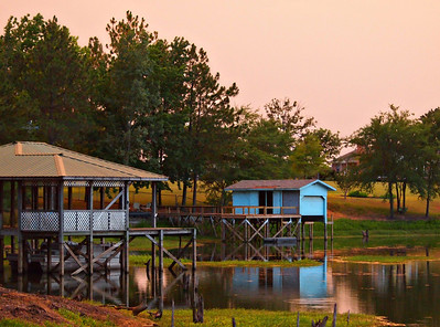 Lake Fork Boathouses  Order Code: A19