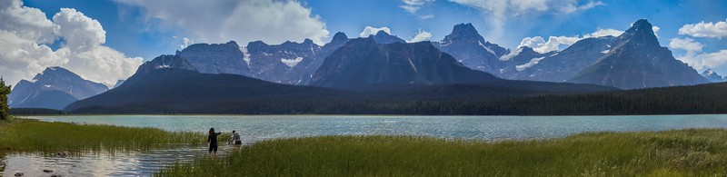 Lower Waterfowl Lake in a high resolution pano. The blob out in the water is some fool swimming in very cold water.