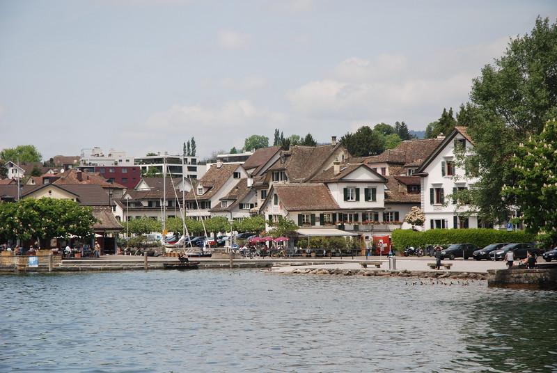 Lake Zurich_2497644930_o.jpg