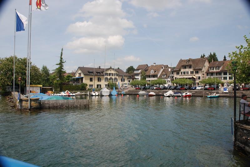 Lake Zurich_2497657860_o.jpg