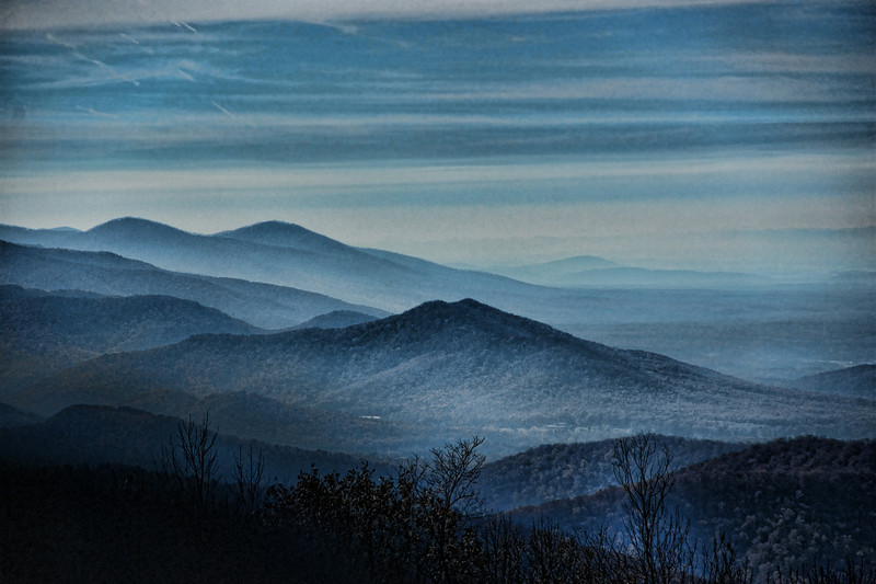 Blue Ridge Mountains .  North Carolina