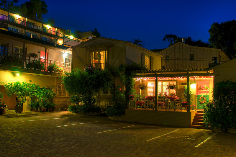 Carmel Country Inn at night