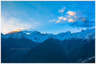 Kinner Kailash, Jorkanden and Raldang Peaks at sunrise